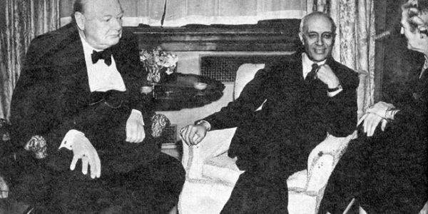 Photo of Winston Churchill and Jawahar Lal Nehru.