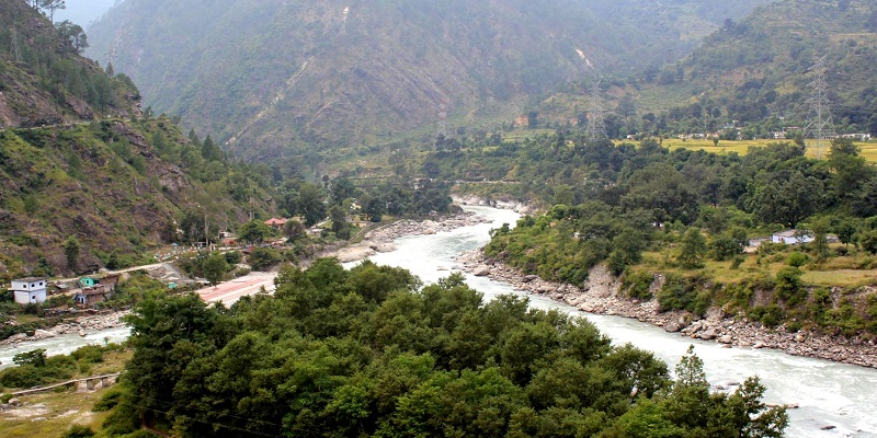 Nandprayag: Confluence of Alaknanda and Nandakini River.