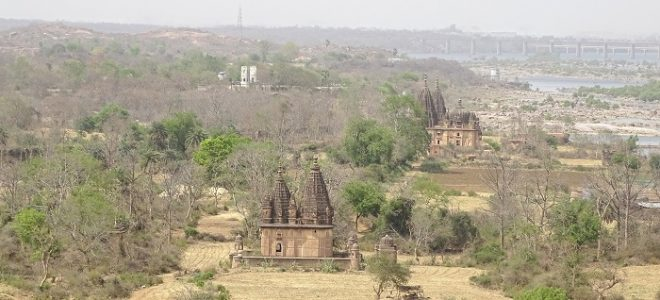 Many temples constructed by Bundela Kings has been abandoned and now they lie in despair.