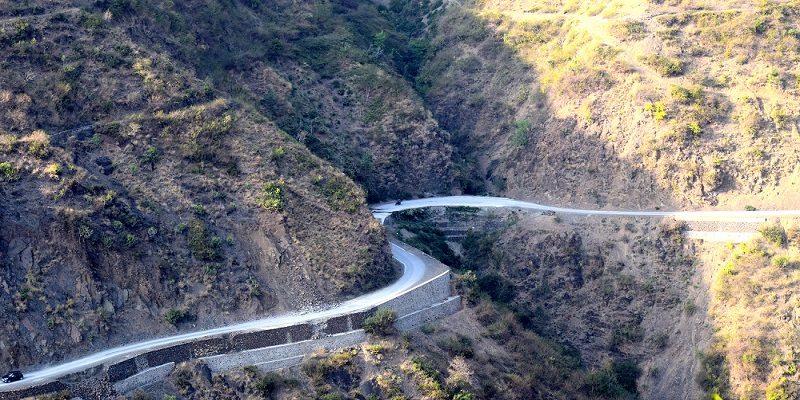 Road to Chanshal Pass: Road from Roorkee to Tiuni is very good. Just exclude a small patch of 20Km rest road is best to enjoy mountainous curves.