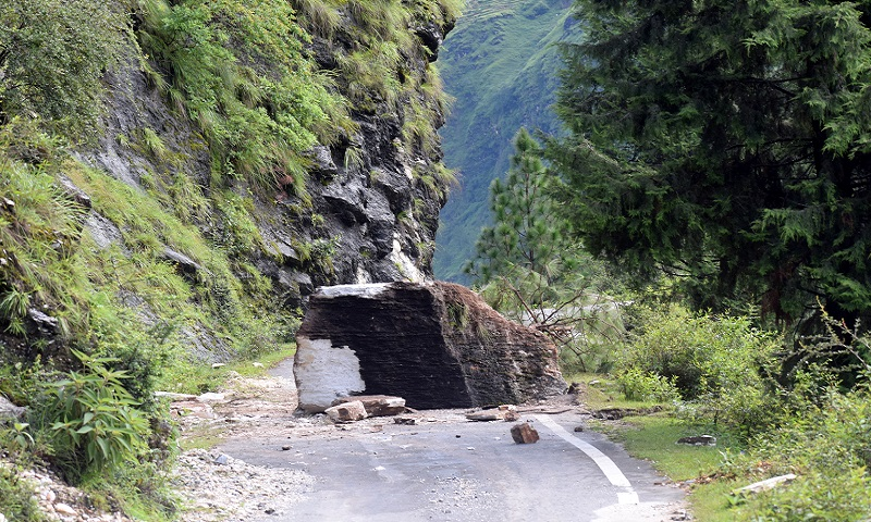 Landslide on Munisiyari-Thal Route on Birthi Waterfall